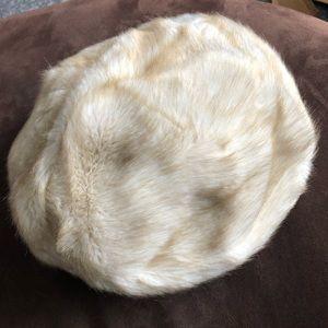 🦊👒 🏴Vintage Fur Beret Hat